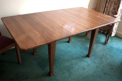 Extended quarter sawn oak table
